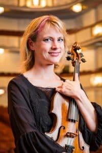 Jennifer Mondie (USA)
